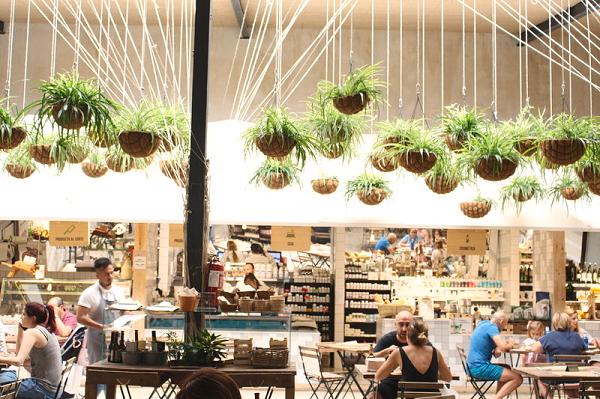 El Huerto de Lucas. Mercado, cantina y catering ecológico.